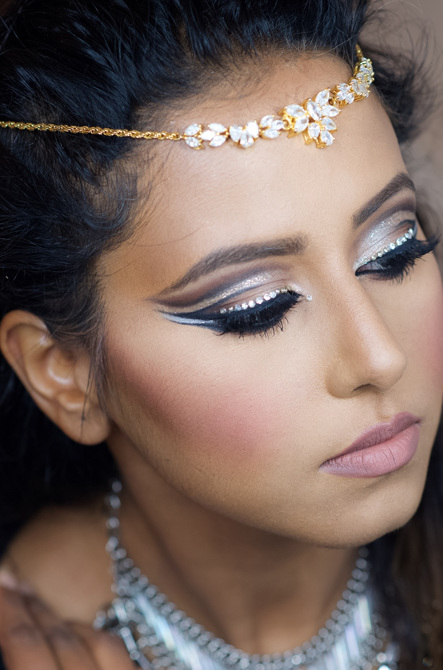 Matte Brown Eyeshadow Palette: DOUBLE CUT CREASE BLING MAKEUP LOOK